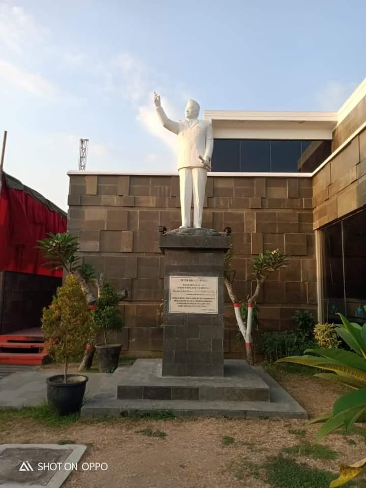 Mari Melihat Kembali Indonesia
